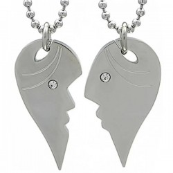 Kalung Couple Kissing Love
